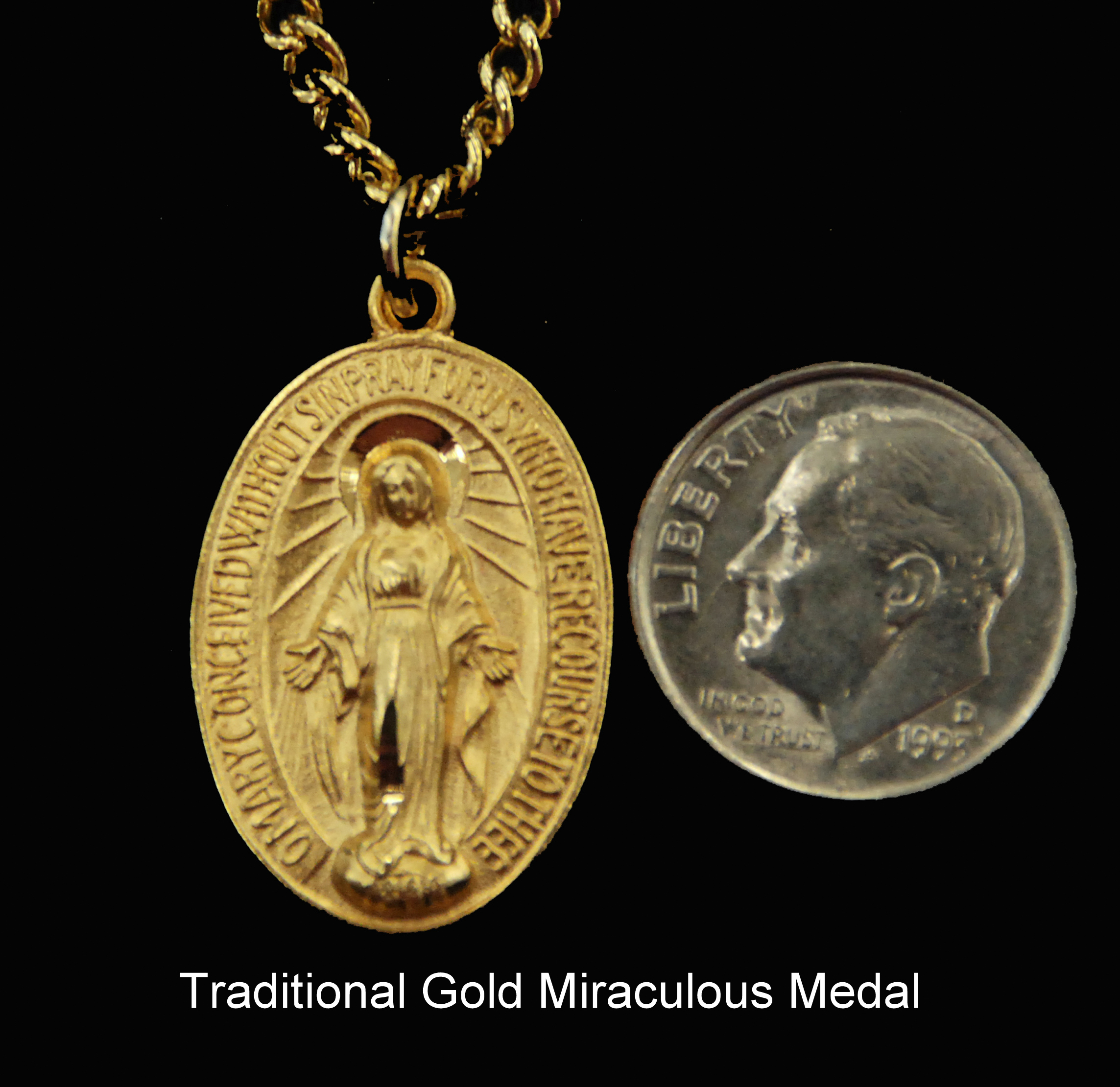 medallion by large gold on moda clip foundrae medium protection chain saint loading refined